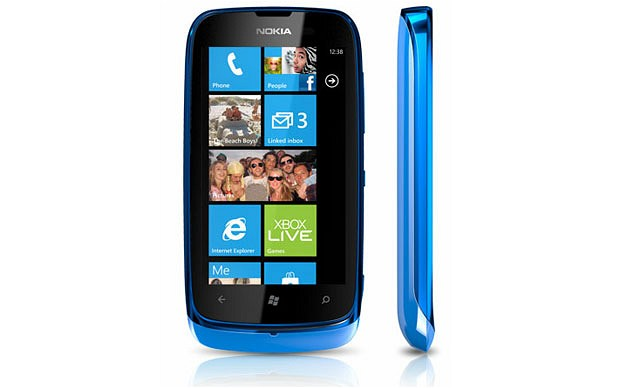 Le Nokia Lumia 610 sera disponible en France‎ à partir de 249 euros.