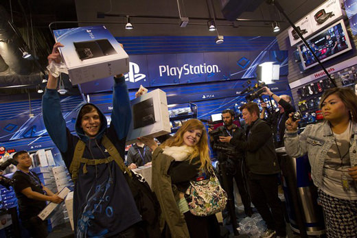 PlayStation 4 : 1 million d'exemplaires écoulés par Sony en 24h ?