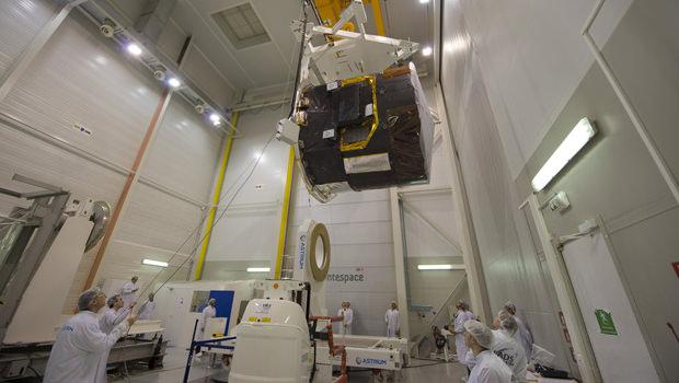 """Le télescope spatiale Gaia dispose d'un capteur photographe capable de """"voir"""" des étoiles dont l'éclat est 400 000 fois plus faibles que celles visibles à l'œil nu."""
