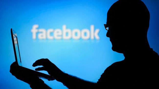 Recherche sur Facebook : la revue est «inquiète»