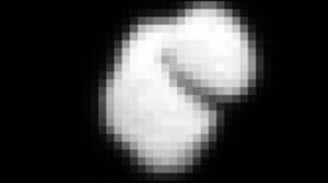 À 12 000 km de distance, Rosetta a déjà aperçu la comète avec laquelle elle a rendez-vous en août.  Photo ESA