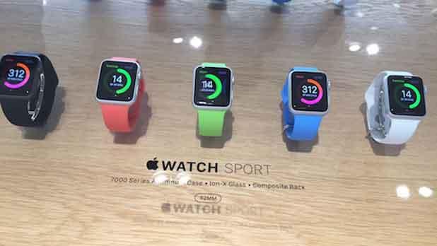 En avant-première mondiale, l'Apple Watch s'expose dans le temple de la mode à Paris