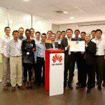 Le constructeur chinois de smartphones Huawei mise sur la France