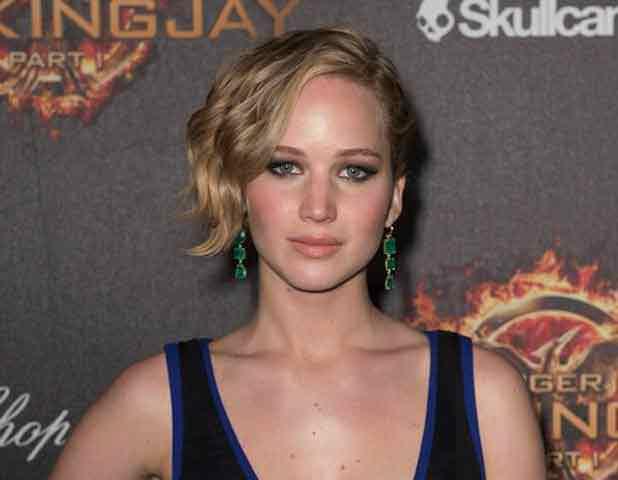 Soixante photos dénudées de l'actrice américaine Jennifer Lawrence ont été piratées puis publiées sur le Net.
