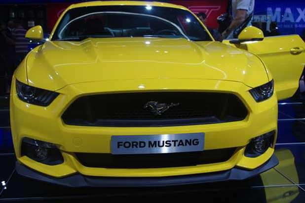 La Ford Mustang dans sa version européenne, présentée au Mondial de l'automobile 2014, à Paris.