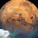 """Imagé illustrée de la comète Siding Spring qui a """"frôlé"""" dimanche la planète Mars, à une distance de près de 136 000 km et à la vitesse de 202 000 km/h."""