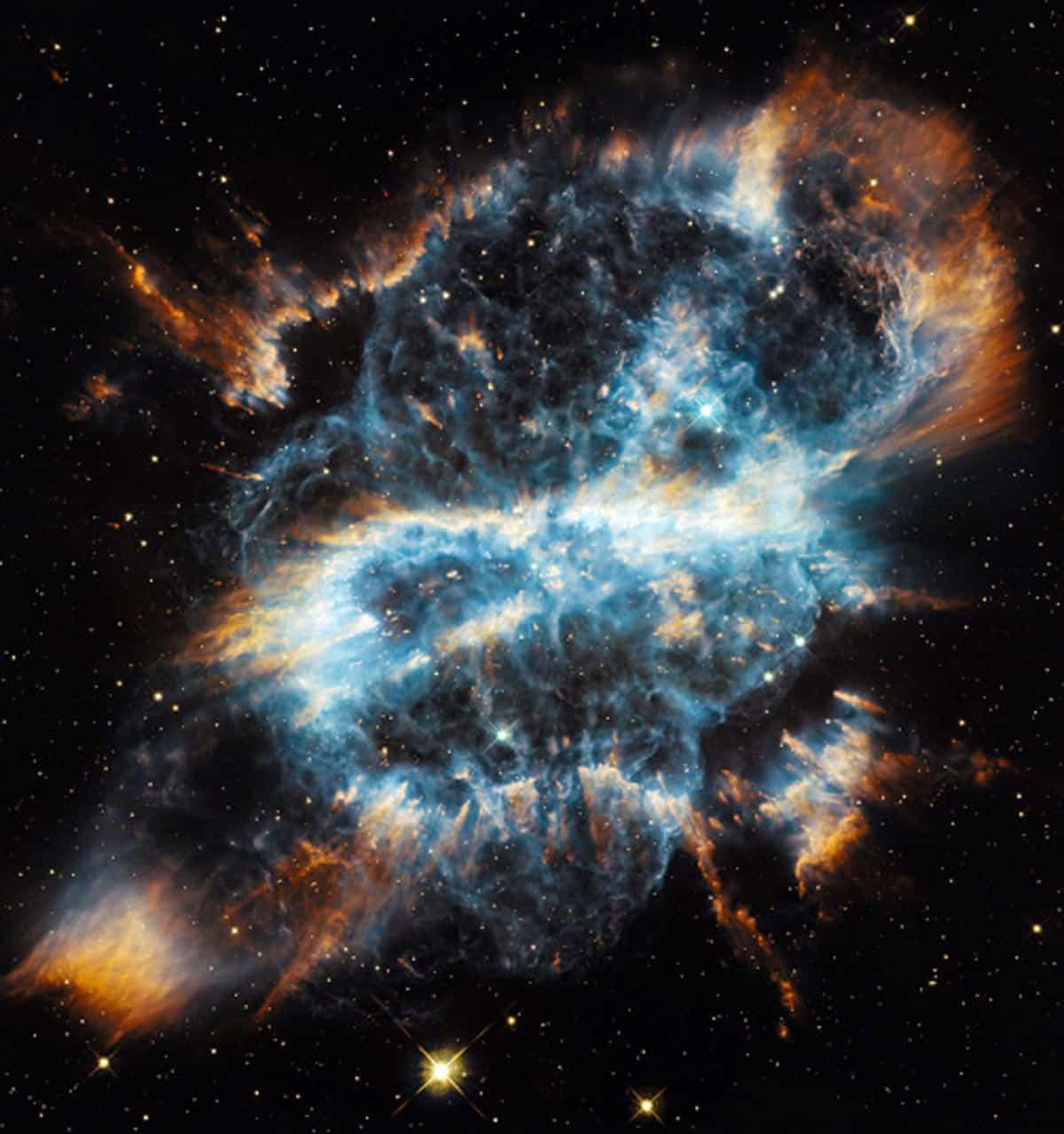 28. Photographie saisissante de la nébuleuse NGC 5198. (Photo : AFP/NASA/ESA/Hubble)