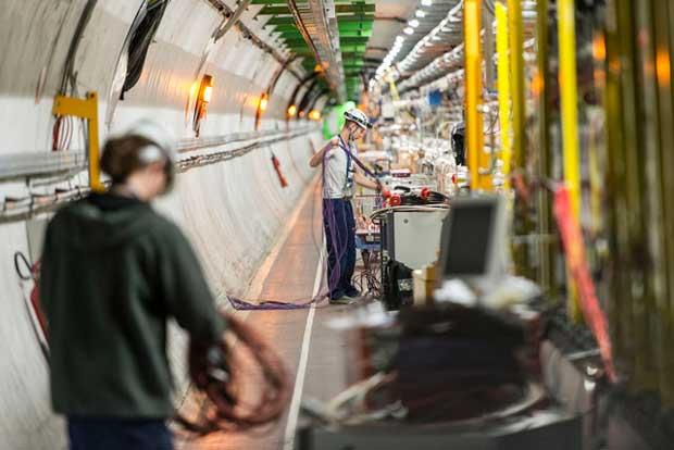 Un court-circuit retarde le redémarrage du LHC
