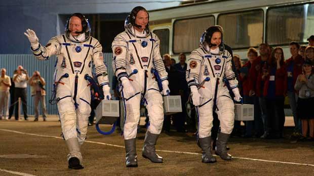 Trois astronautes de retour sur Terre