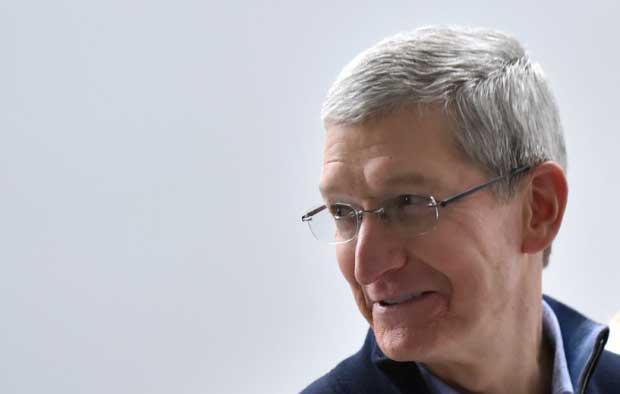 Le patron milliardaire d'Apple, Tim Cook, veut faire don de sa fortune