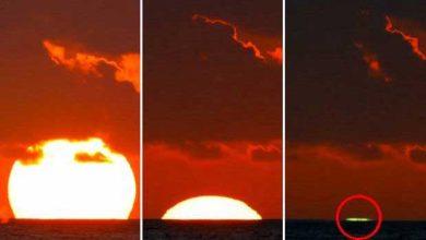Un étonnant «rayon vert» lors d'un coucher de Soleil