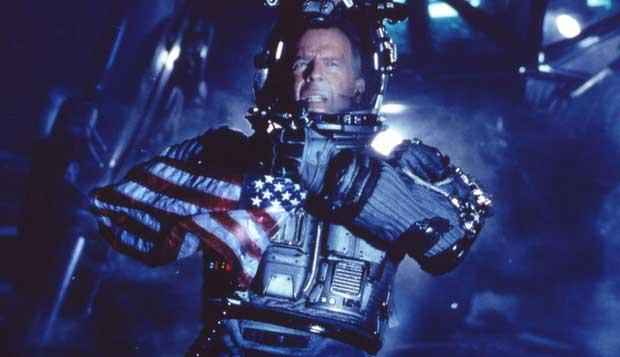 Bruce Willis à la surface d'un astéroïde qui menace la Terre.