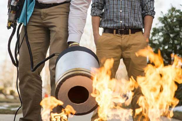 Monte le son, il y a le feu !