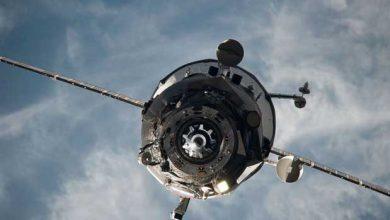 Un vaisseau Progress, photographié en février 2014, s'apprête à s'arrimer à la Station spatiale internationale.
