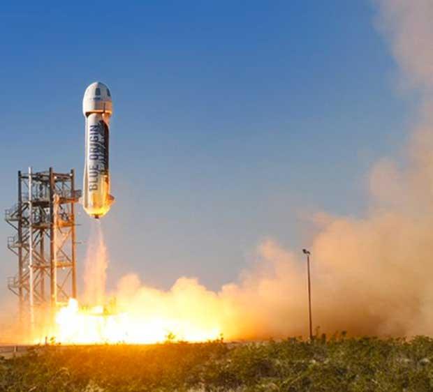 Le patron d'Amazon lance désormais des fusées