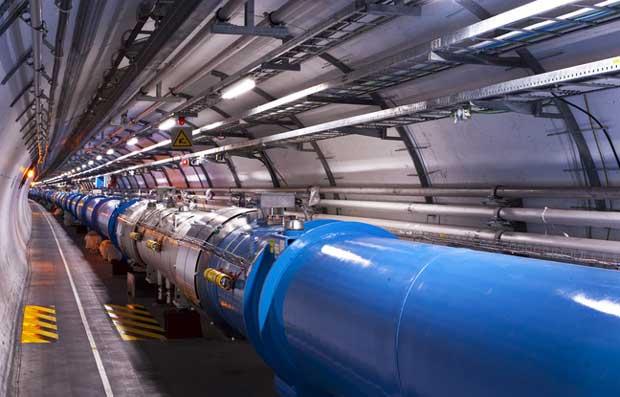 Le grand collisionneur de hadrons passe la seconde