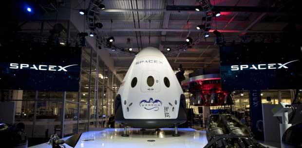 Pourquoi Elon Musk éjecte les astronautes de ses fusées