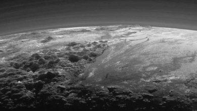 Coucher de soleil spectaculaire sur Pluton