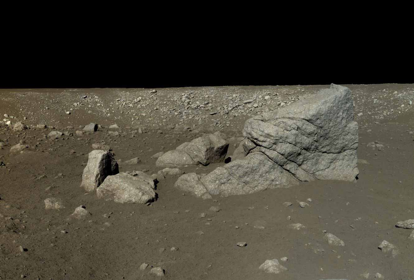 yutu-rover-view-of-pyramid-rock-long-yan