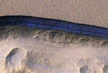 Des scientifiques découvrent de la glace d'eau propre juste en dessous de la surface de Mars
