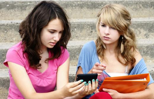 Les ados californiens pourront gommer leur passé sur Internet