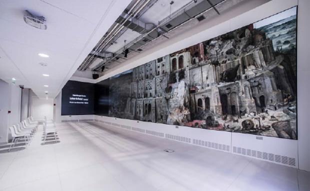 L'écran géant interactif du « Lab » de Google.