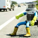 HitchBot, ce drôle d'auto-stoppeur sur les routes canadiennes.