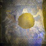 Découverte d'une superbe mosaïque dans le mystérieux tombeau d'Amphipolis