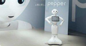 Pepper a été conçu par le spécialiste français de la robotique humanoïde Aldebaran, une société créée en 2005 et détenue depuis 2012 par le géant des télécommunications japonais SoftBank.