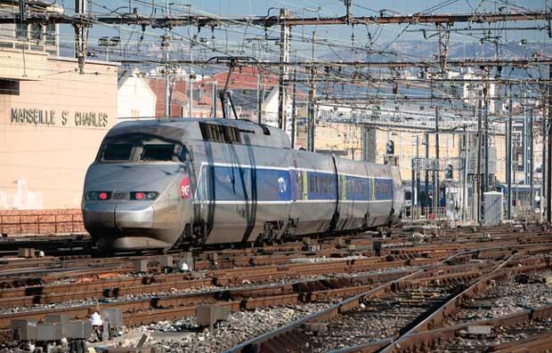 Internet : la SNCF se prépare au Wi-Fi dans les TGV 1