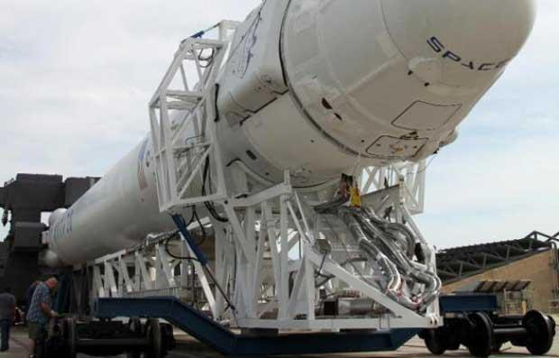 ISS : la capsule Dragon arrive à bon port 1