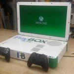 PlayBox : un bidouilleur associe une Xbox One et une PS4 dans un même châssis 3
