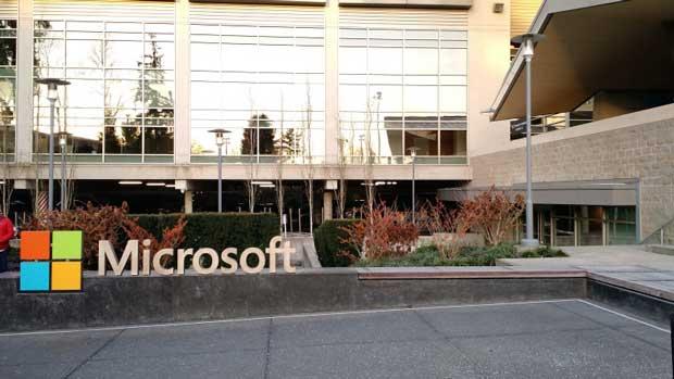 Revolution Analytics : Microsoft achète un spécialiste du langage de programmation R 1