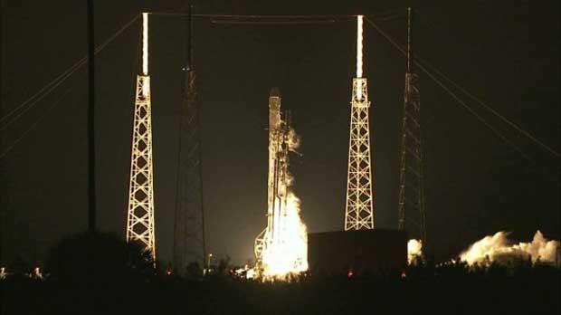 SpaceX : lancement réussi de Dragon, atterrissage raté du premier étage 1
