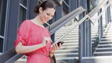 Photo de Tech-neck : les rides du cou dues aux smartphones et tablettes