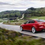 """Jaguar XE : élue """"Plus Belle Voiture de l'Année 2014"""""""