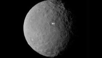 Dawn : des images des étranges points lumineux de Cérès