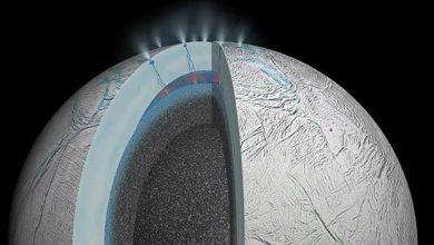 Photo de De la vie sous la couche glacée d'Encelade