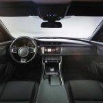 Premières images de la future Jaguar XF 2015