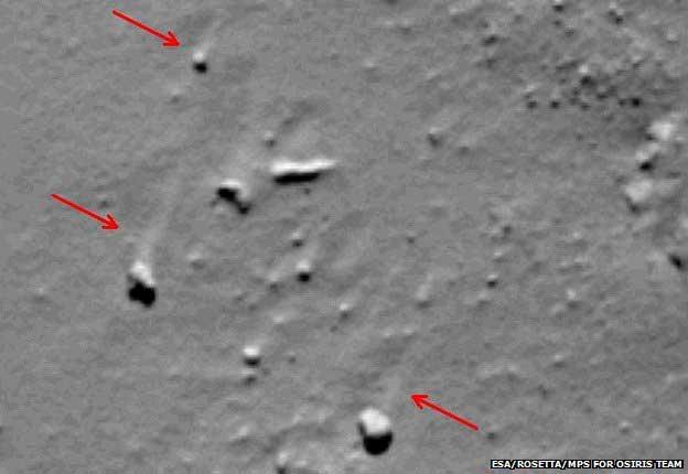 Les trainées sont clairement visibles sur cette image de la caméra Osiris.