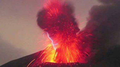 Photo de Sakurajima : la vidéo spectaculaire d'un orage volcanique