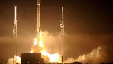 SpaceX lance deux satellites sans récupérer son lanceur