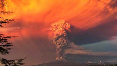 Photo de Chili : éruption explosive du volcan Calbuco