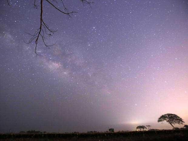 Cet essaim d'étoiles filantes, observable tous les ans à la même époque, s'appelle les lyrides