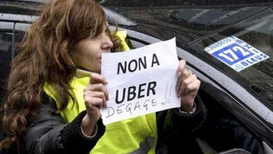 Photo de Uber contre-attaque en portant plainte