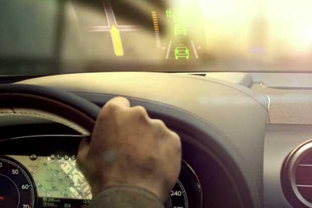 Bentley : l'intérieur du SUV Bentayga se dévoile en vidéo