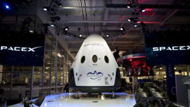 Photo de SpaceX réussit son éjection d'astronautes