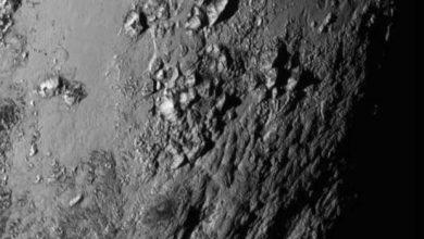 Photo de La sonde New Horizons nous détaille les plaines glacées de Pluton