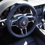 Porsche dévoile la nouvelle 911, encore sous camouflage