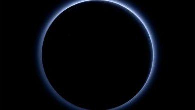 Photo de Le ciel de Pluton est bleu selon la NASA !